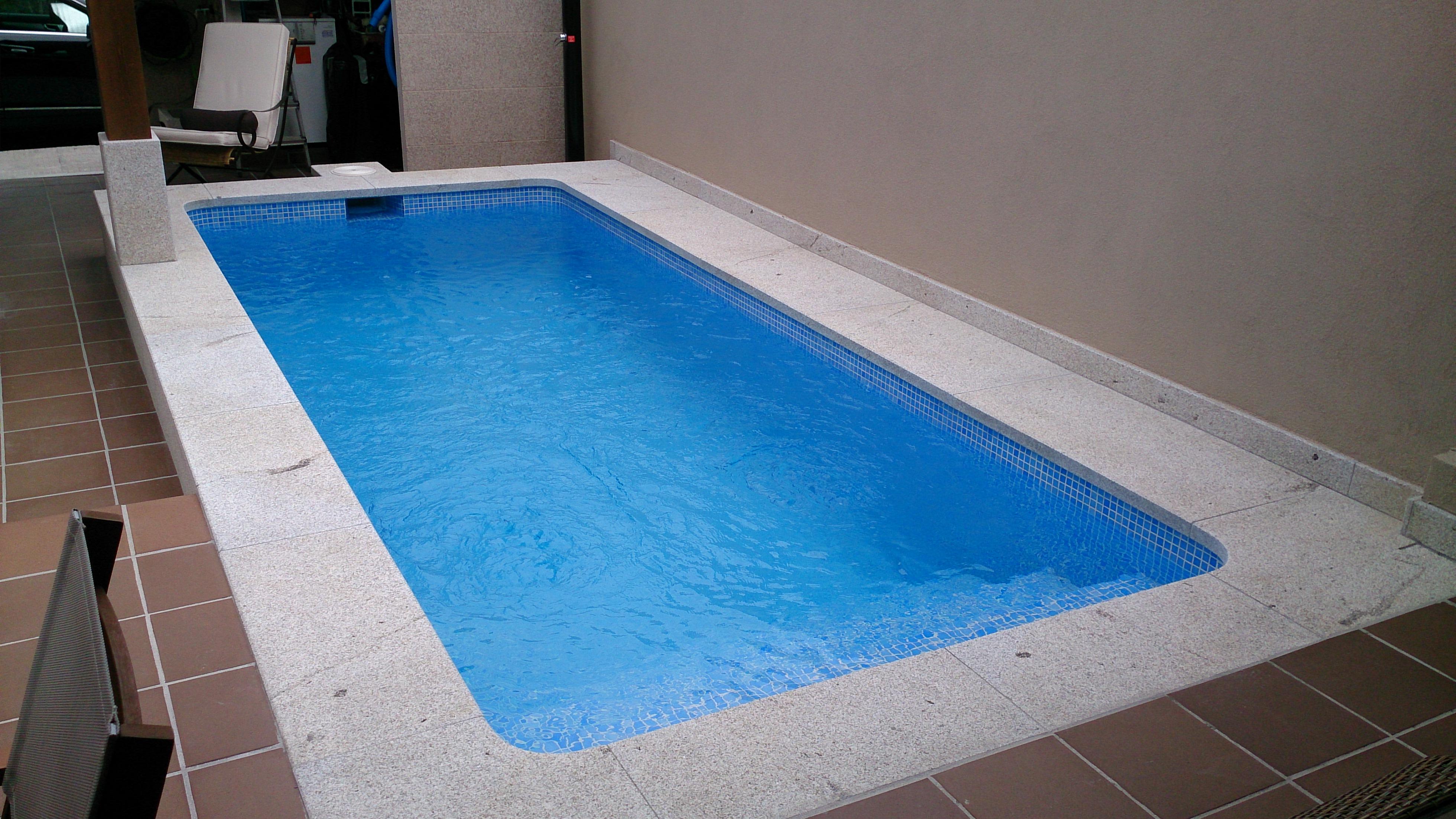 Piscinas salnes piscinas de hormigon for Construccion de piletas de hormigon